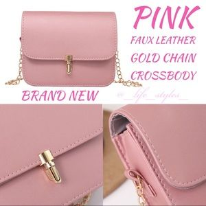 Handbags - ⬇️$32 New Pink & Gold Chain Link Crossbody Purse